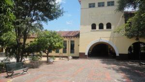 Rector del Loperena reclama atención para su Colegio